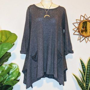 Altar'd State Gray Quarter Length Sleeve Tunic Top